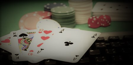 poker online vs poker ao vivo